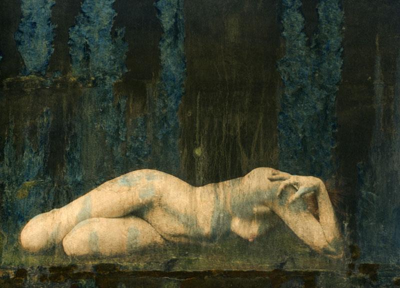 05-submerged nude