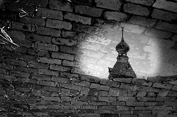 minaret-reflection
