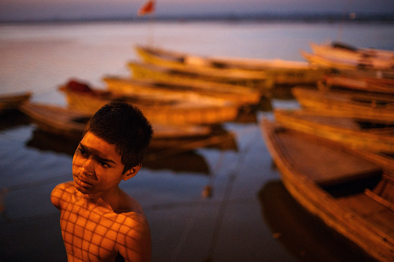 india_uttar_pradesh_varanasi_ghat_ganges_ganga_morning_sunrise_river