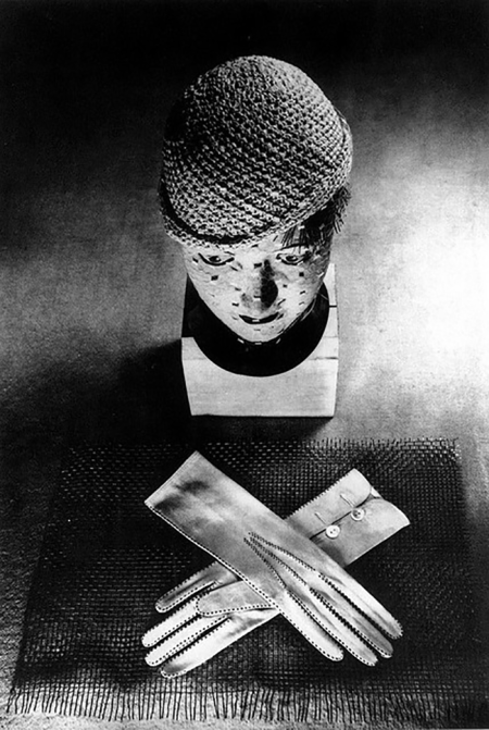 ringl-pit-hat-and-gloves-berlin-1930