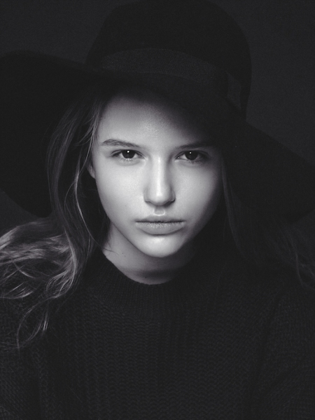 Poppy-by-Aleksandr-Vedernikov-4